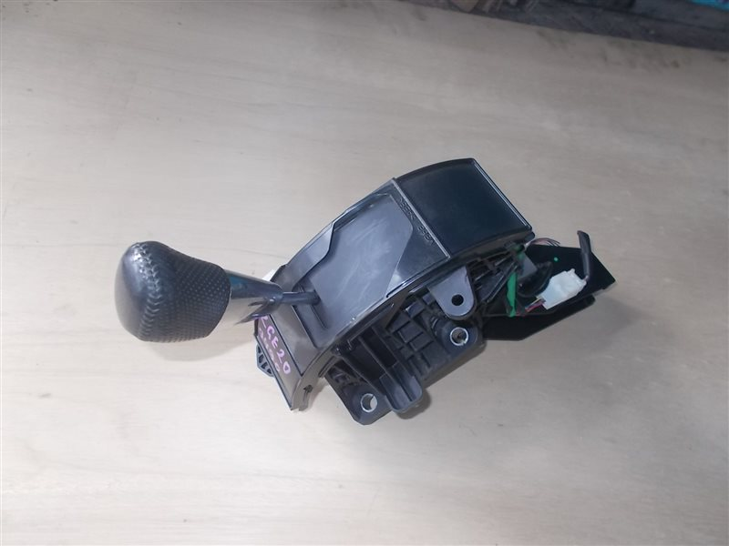Селектор акпп Toyota Wish ZGE20 2ZR-FAE 2010 (б/у)