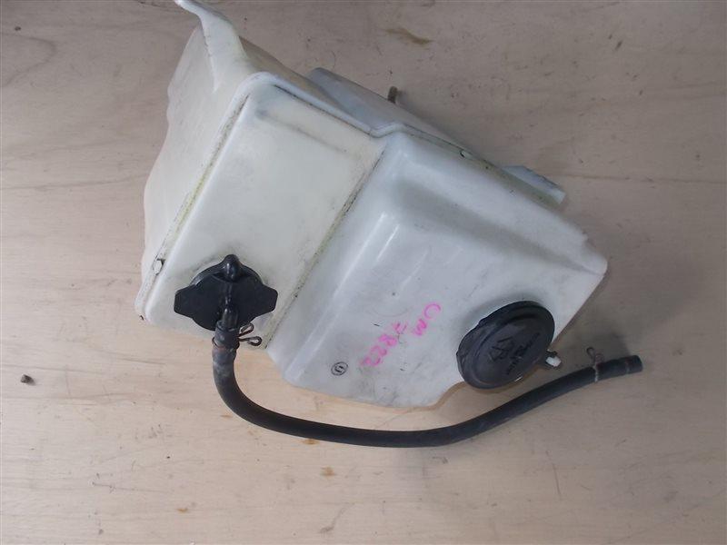 Бачок омывателя Toyota Premio ST210 3S-FE 1997 (б/у)