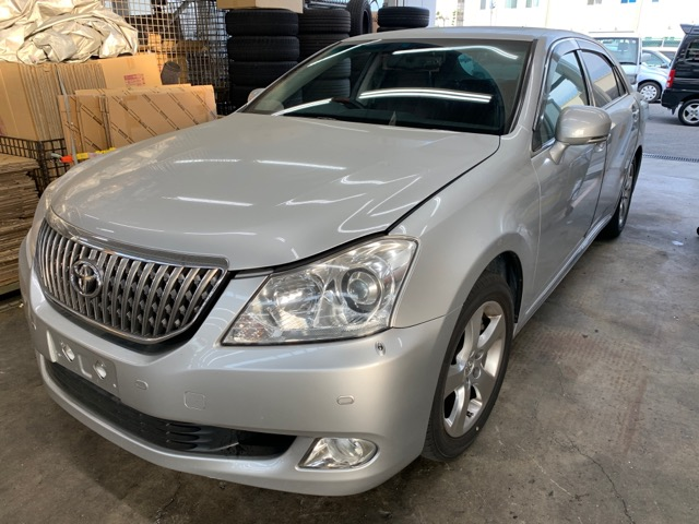 Капот Toyota Crown Majesta URS206 1UR-FSE 2010 (б/у)