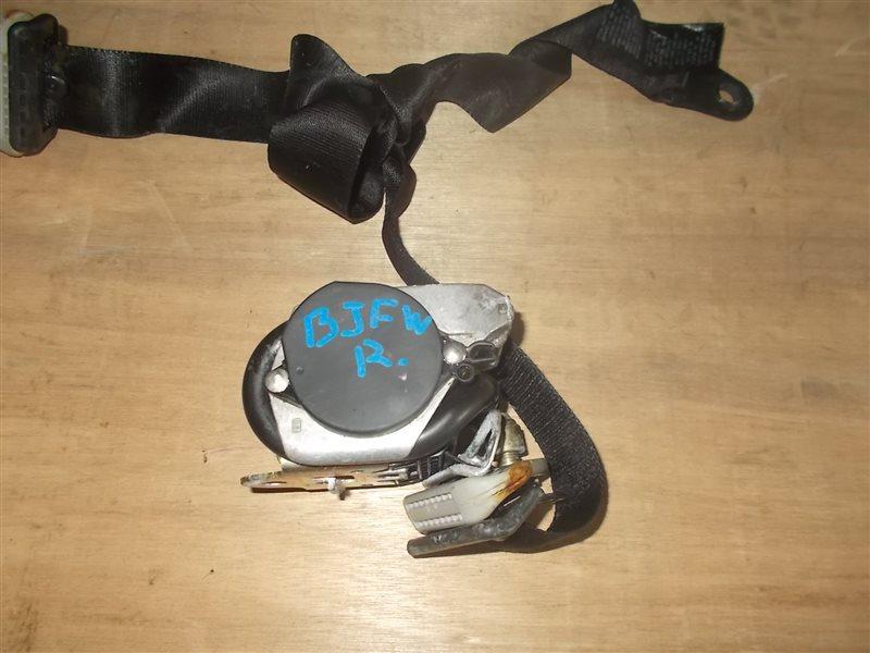 Ремень безопасности Mazda Familia BJFW передний правый (б/у)