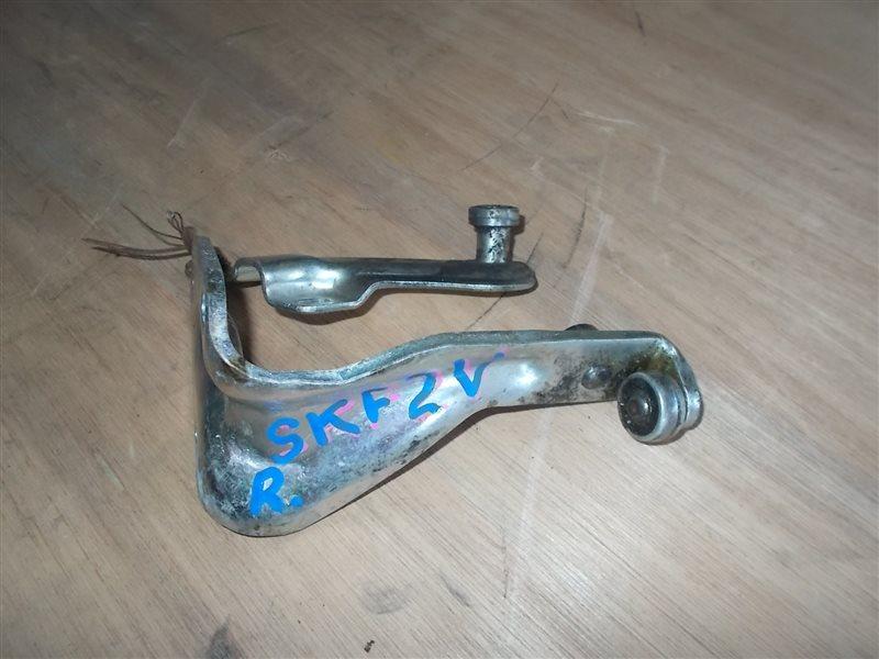 Ролик раздвижной двери Mazda Bongo SKF2V правый (б/у)