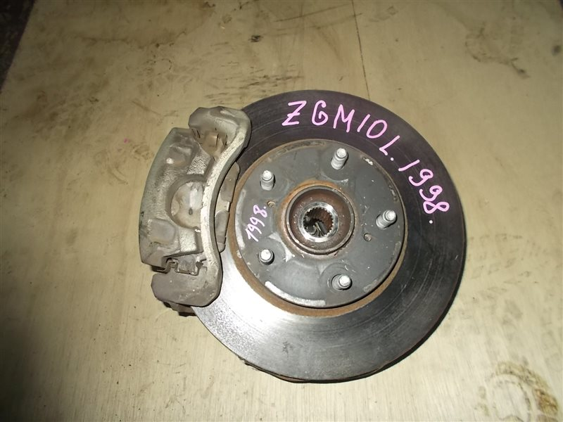 Ступица Toyota Isis ZGM10 2ZR-FAE 2010 передняя левая (б/у)