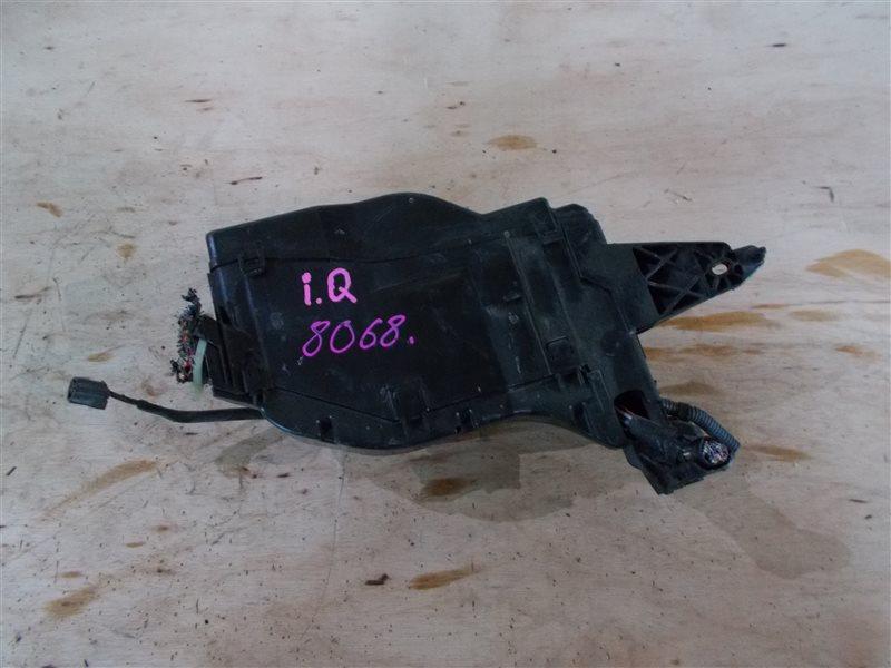 Блок предохранителей Toyota Iq KGJ10 1KR 2009 (б/у)