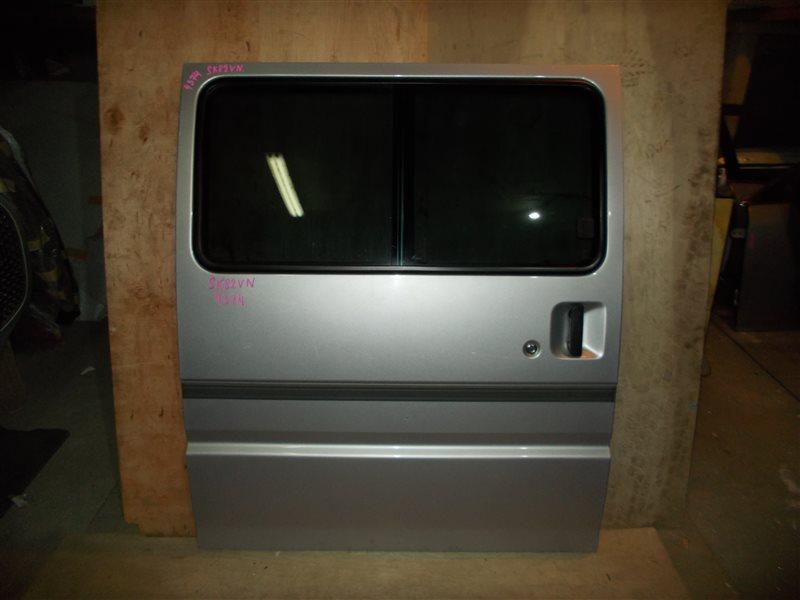 Дверь Mazda Bongo SK82VN F8 2005 задняя правая (б/у)