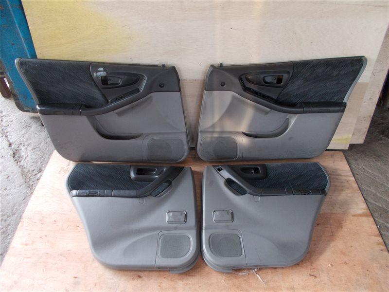 Обшивка дверей Subaru Forester SF5 EJ202 1998 (б/у)