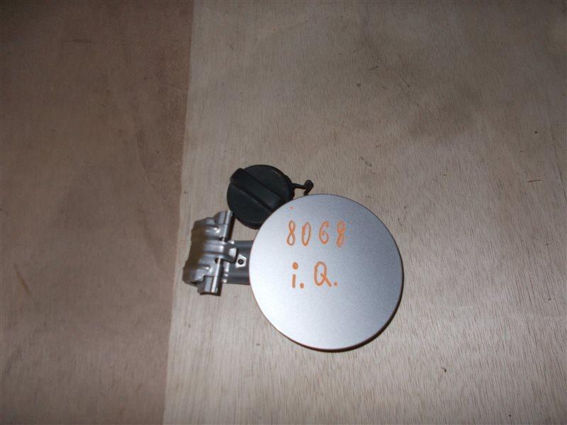 Лючок бензобака Toyota Iq KGJ10 1KR 2009 (б/у)