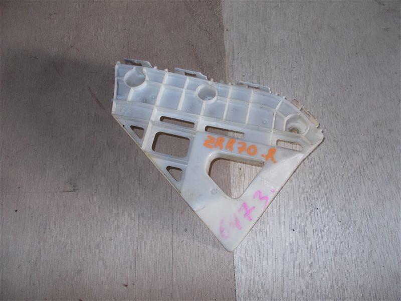Крепление бампера Toyota Voxy ZRR70 2012 заднее правое (б/у)
