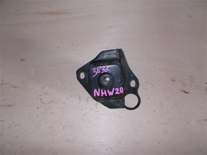 Подушка двигателя Toyota Prius NHW20 1NZ-FXE 2007 (б/у)