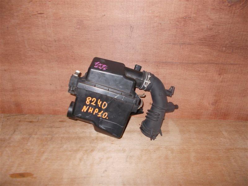 Корпус воздушного фильтра Toyota Aqua NHP10 1NZ-FXE 2012 (б/у)