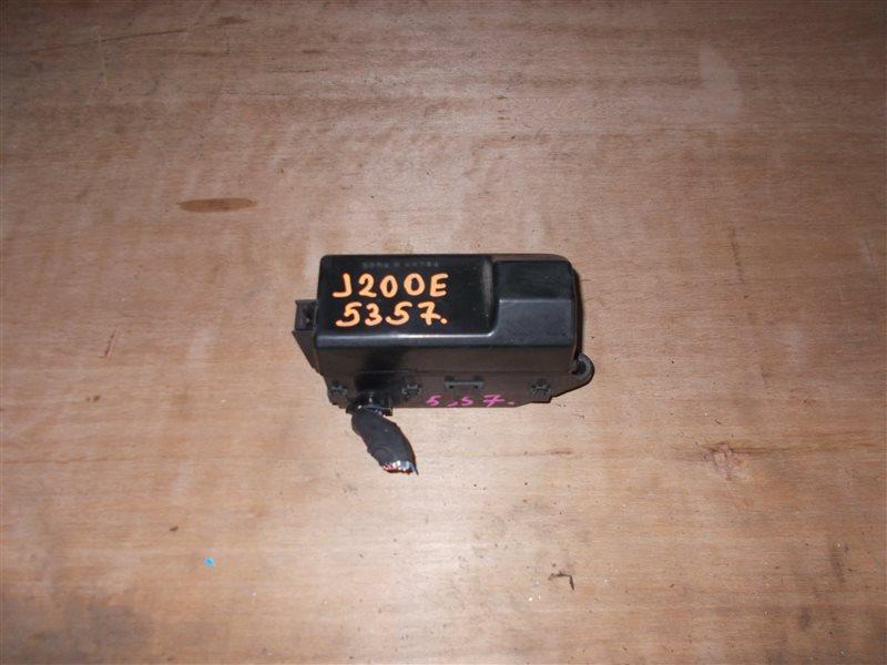 Блок предохранителей Toyota Rush J200E 3SZ-VE 2006 (б/у)