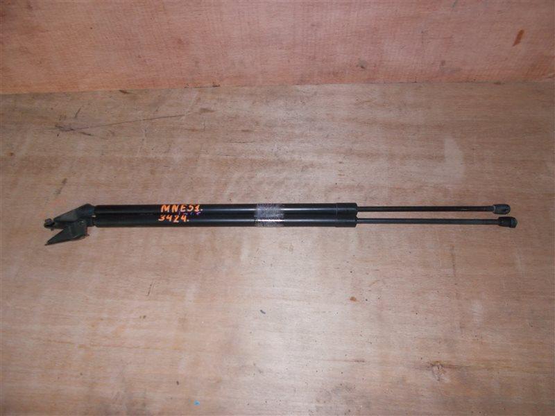 Амортизатор задней двери Nissan Elgrand MNE51 VQ25 2006 (б/у)