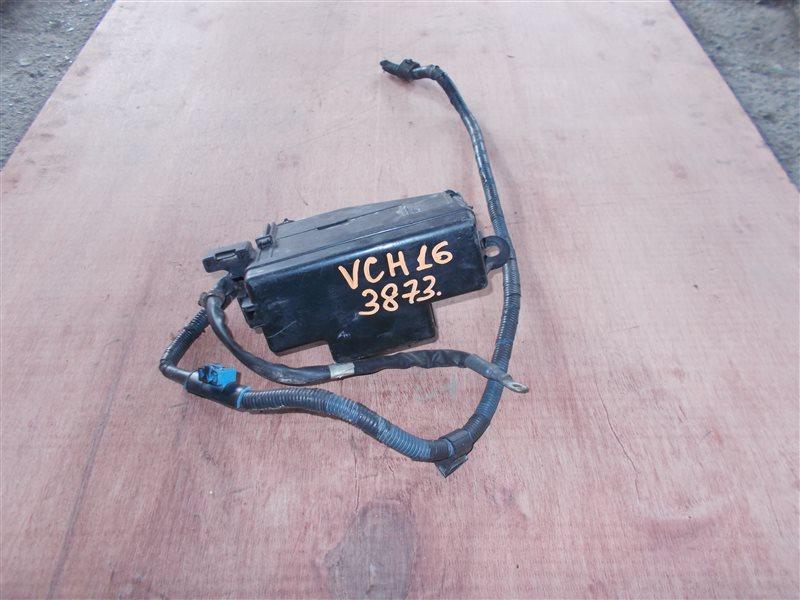Блок предохранителей Toyota Granvia VCH16 5VZ 2000 (б/у)