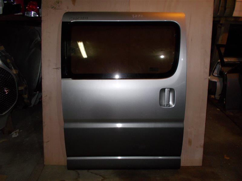 Дверь Toyota Granvia VCH16 5VZ 2000 задняя правая (б/у)