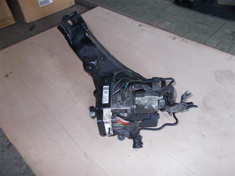 Блок abs Toyota Prius NHW20 1NZ-FXE 2005 (б/у)