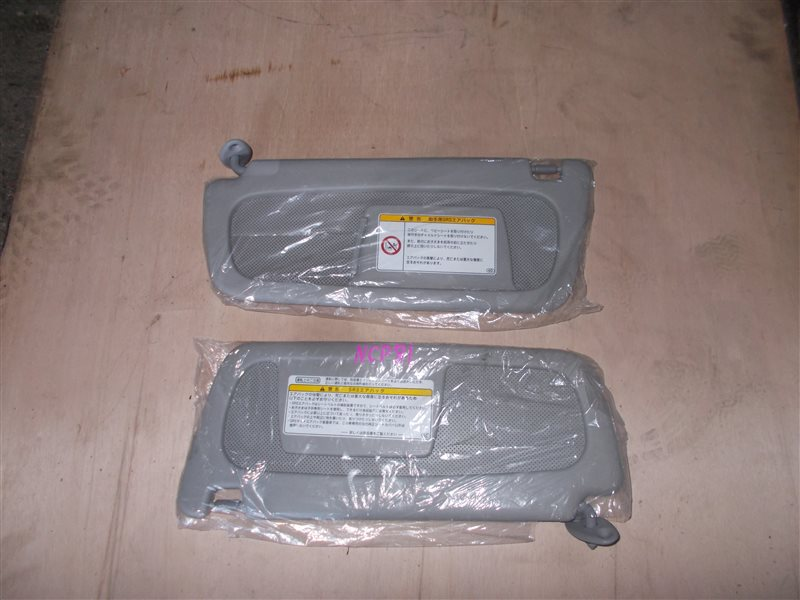 Козырек солнцезащитный Toyota Sienta NCP81 1NZ 2010 (б/у)