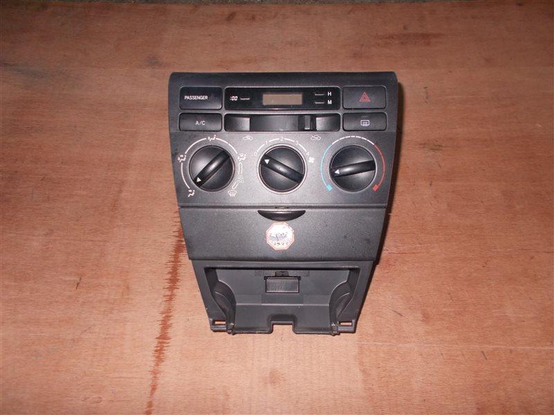 Климат-контроль Toyota Corolla NZE121 1NZ 2002 (б/у)