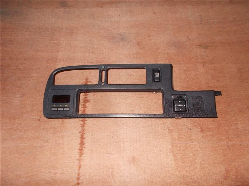 Консоль магнитофона Toyota Carina ST170 4S-FE 1991 (б/у)