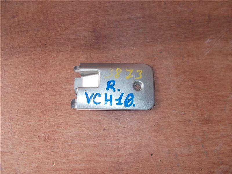 Заглушка на крыло Toyota Granvia VCH16 5VZ 2000 задняя (б/у)