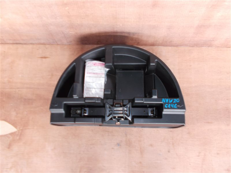 Ящик в багажник Toyota Prius NHW20 1NZ-FXE 2005 (б/у)