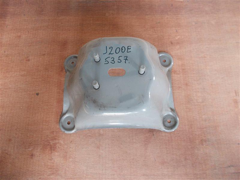 Крепление запаски Toyota Rush J200E 3SZ-VE 2006 (б/у)