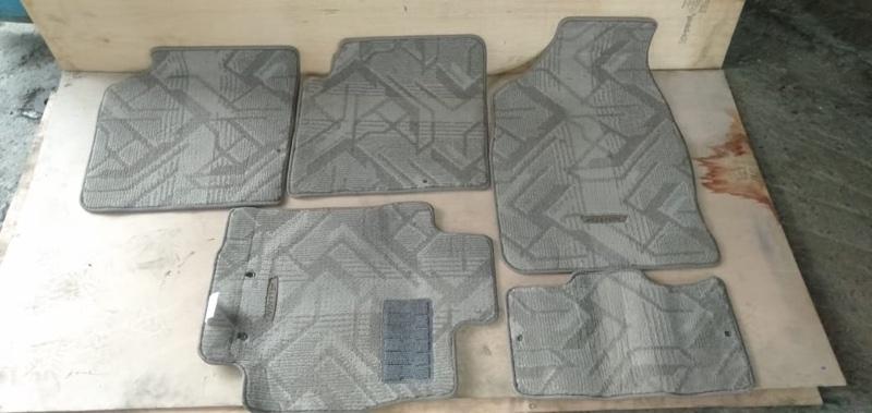 Коврики комплект Toyota Allion ZZT240 (б/у)