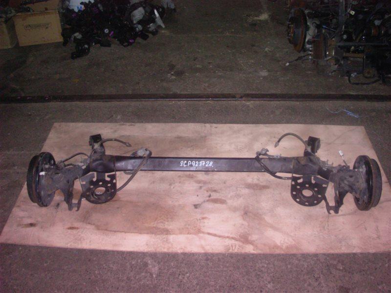 Балка со ступицами Toyota Belta SCP92 2SZ 2005 (б/у)