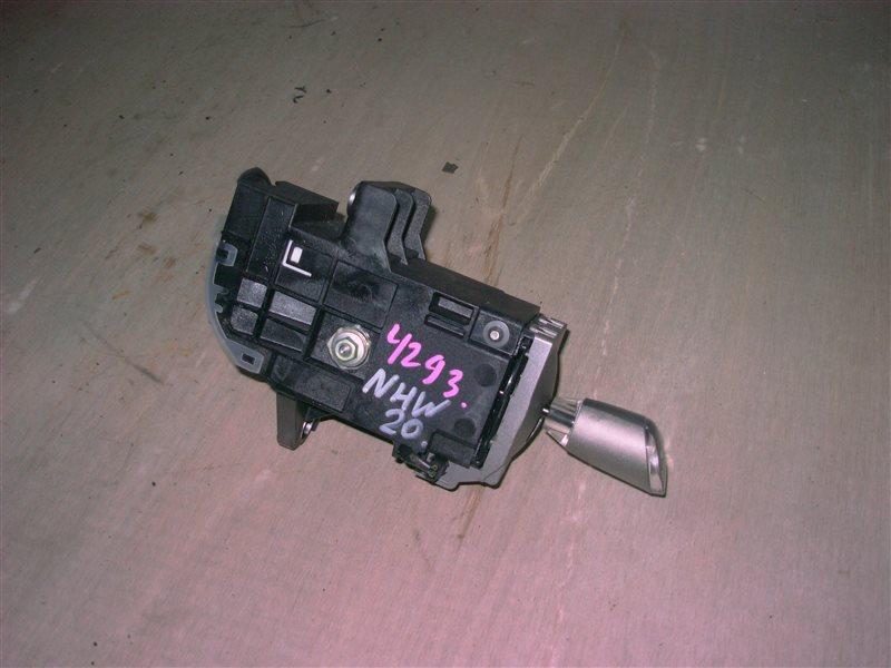 Селектор акпп Toyota Prius NHW20 1NZ-FXE 2005 (б/у)