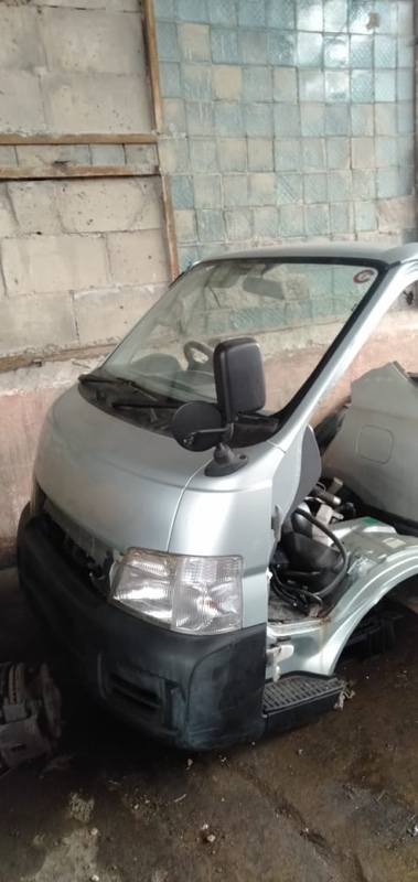 Nose cut Nissan Caravan VWE25 ZD30(DDTI) 2005 (б/у)