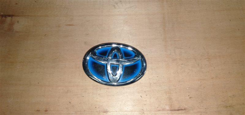 Лейба Toyota Aqua NHP10 1NZ-FXE 2012 (б/у)