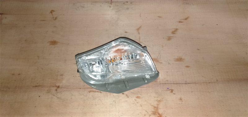 Повторитель в бампер Toyota Prius Alpha ZVW41 2ZR-FXE 2012 правый (б/у)