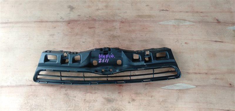 Решетка бамперная Toyota Aqua NHP10 1NZ-FXE 2012 (б/у)