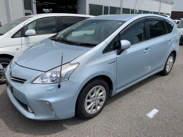 Крыло Toyota Prius Alpha ZVW40 2ZR-FXE 2011 переднее правое (б/у)