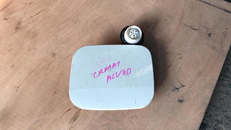 Лючок бензобака Toyota Camry ACV40 (б/у)