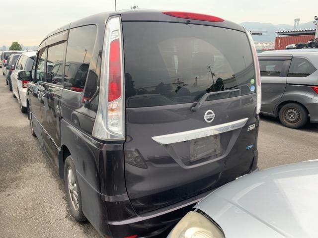 Дверь Nissan Serena FNC26 QR20 2011 задняя левая (б/у)