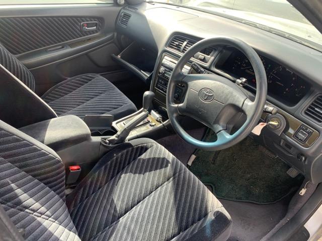 Бардачок между сиденьями Toyota Chaser GX100 1G-FE 1997 (б/у)