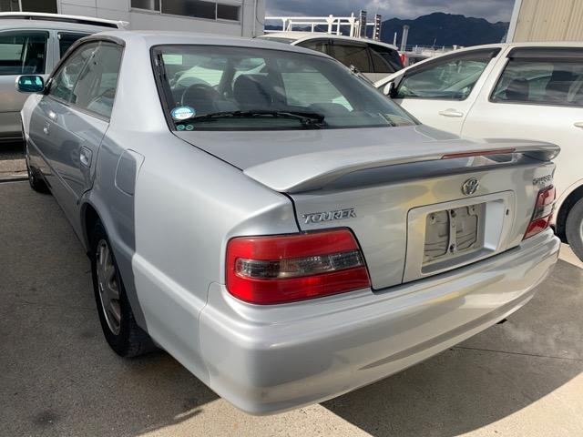 Фонарь задний Toyota Chaser GX100 1G-FE 1997 левый (б/у)