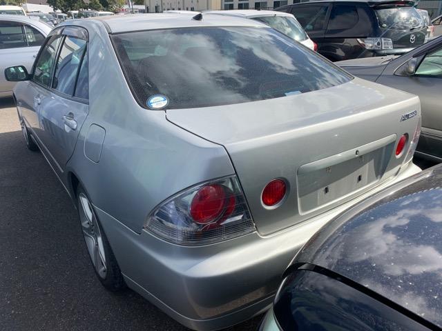 Бампер Toyota Altezza GXE10 1G-FE BEAMS 1999 задний (б/у)