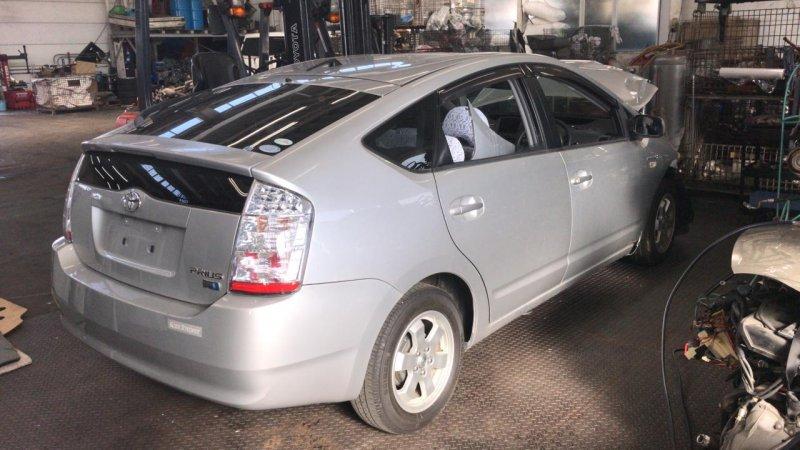 Дверь Toyota Prius NHW20 1NZ-FXE 2010 задняя правая (б/у)