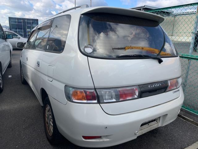 Фонарь задний Toyota Gaia SXM15 3S-FE 2001 правый (б/у)
