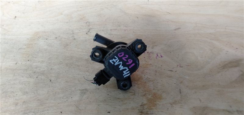 Помпа инвертора Toyota Prius Alpha ZVW41 2ZR-FXE 2011 (б/у)