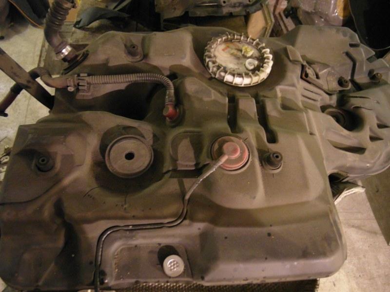 Бензобак Toyota Harrier ACU30 1MZ-FE
