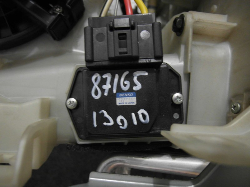 Резистор Toyota Harrier ACU30 1MZ-FE
