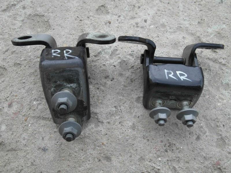 Петля дверная Honda Crv RD7 K24A задняя правая