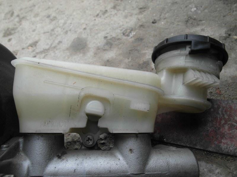 Бачок для тормозной жидкости Honda Crv RD7 K24A