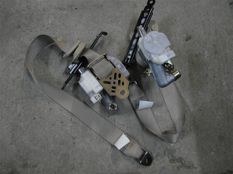 Ремень безопасности Toyota Harrier MCU35 1MZ-FE 2003 передний