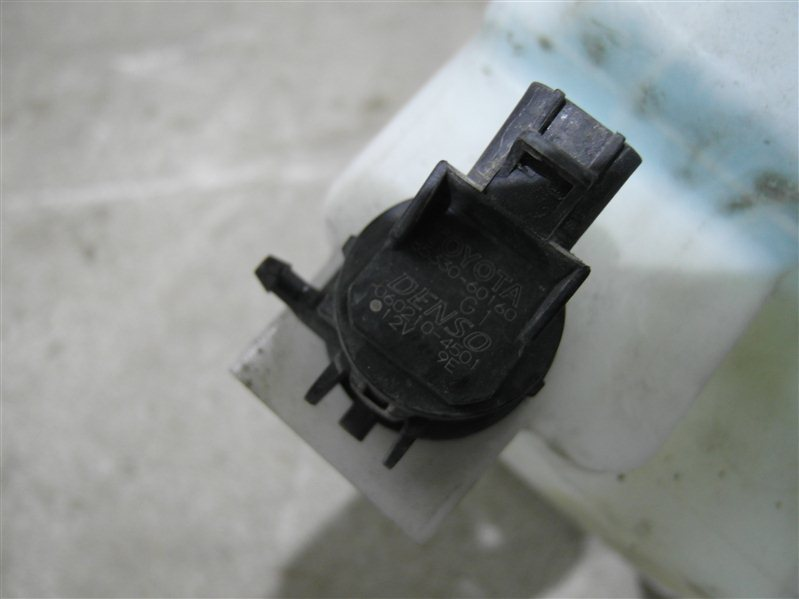 Мотор бачка омывателя Toyota Harrier MCU36 1MZ-FE 2003