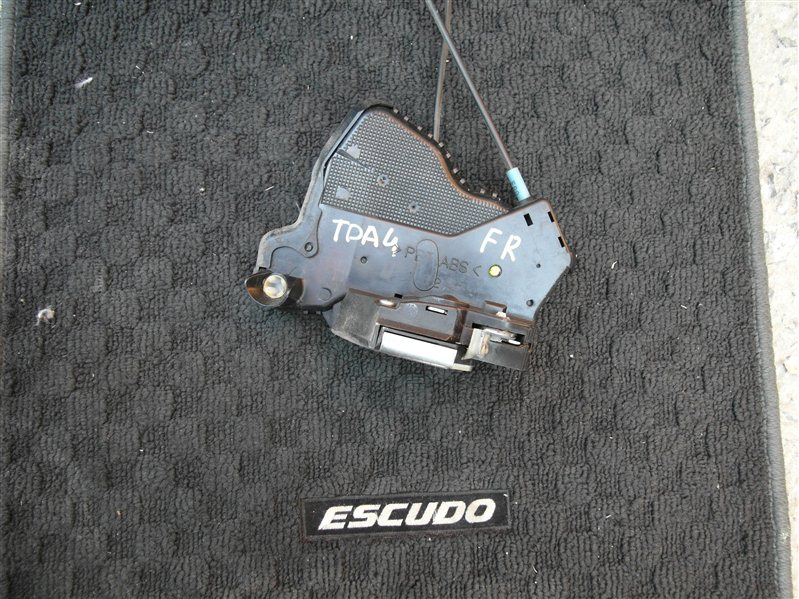 Замок двери Suzuki Escudo/grand Vitara TDA4 J24B 2008 передний правый