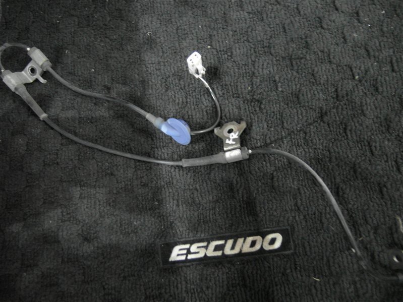 Датчик abs Suzuki Escudo/grand Vitara TDA4 J24B 2008 передний правый