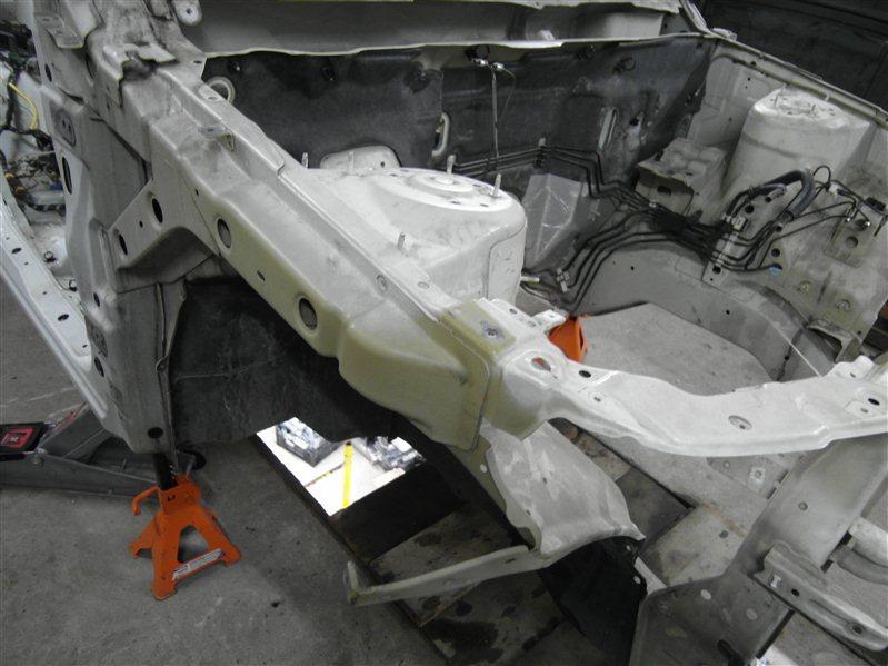 Лонжерон Suzuki Escudo/grand Vitara TDA4 J24B 2008 передний правый