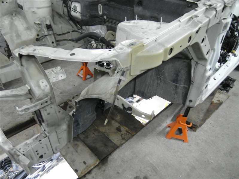 Лонжерон Suzuki Escudo/grand Vitara TDA4 J24B 2008 передний левый